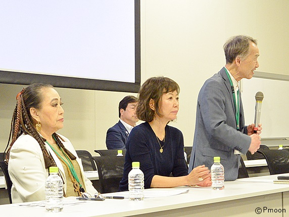 動物愛護法に関する緊急院内集会で発言する吉田眞澄弁護士