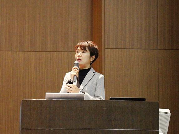 フォスターアカデミースペシャル2019で登壇する田中亜紀先生